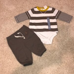 Baby Gap 0-3M outfit - top=new with tags